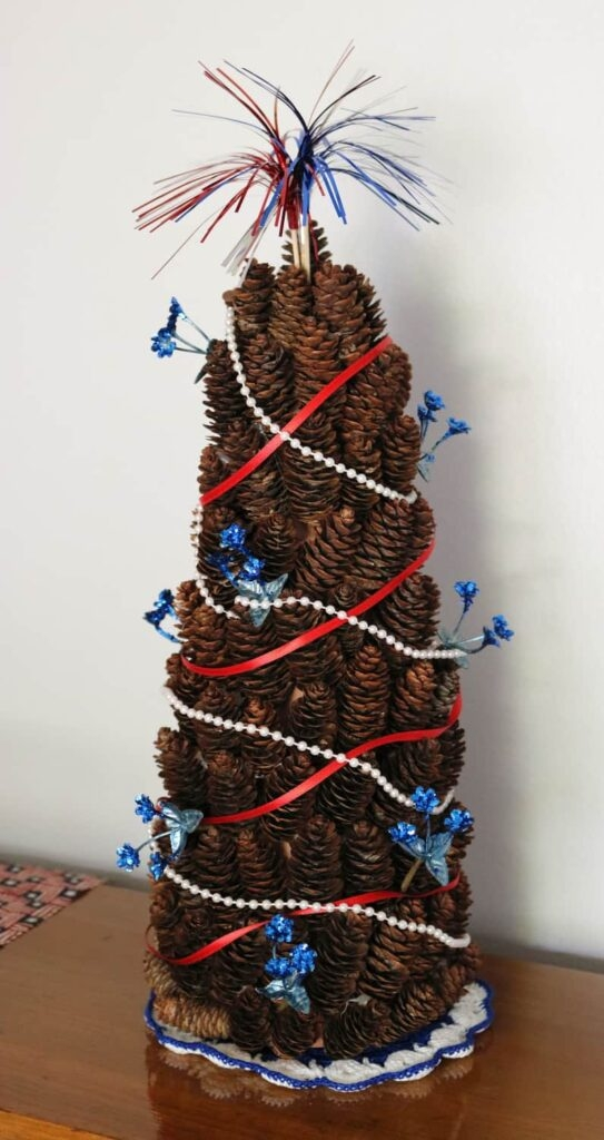 pine cone tree with 4th of July decorations