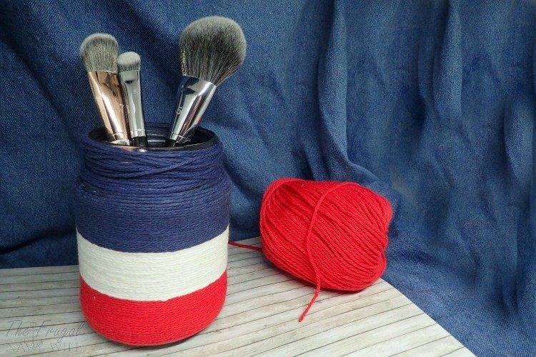 yarn wrapped mason jar 4th of July craft