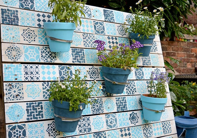 painted wood pallet hanging pots