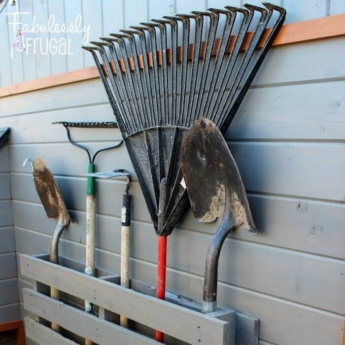 lawn and garden tool storage using pallets