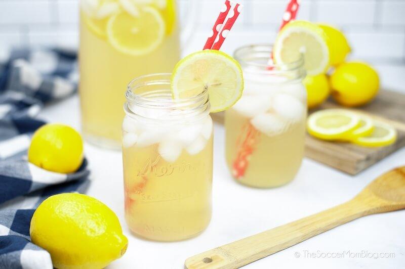 Instant Pot Lemonade served in mason jars with lemon wheels