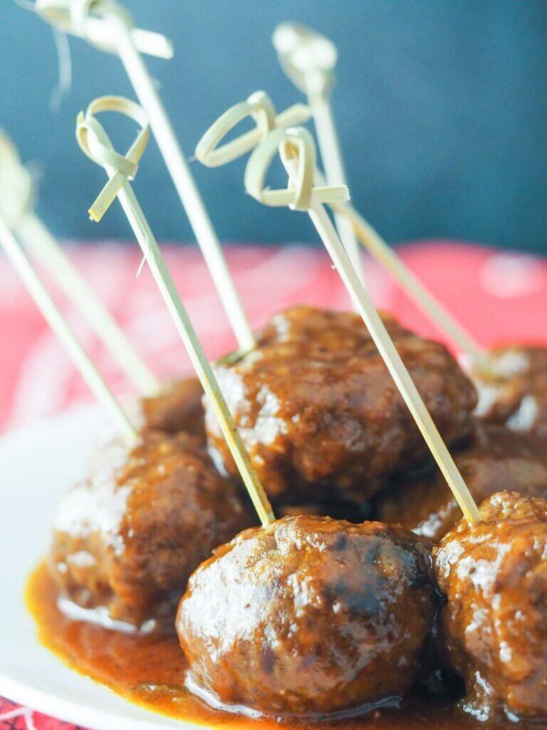 bbq meatballs on toothpicks